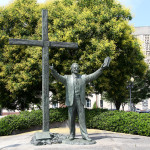 Billy Graham statue moving from LifeWay to North Carolina mountains