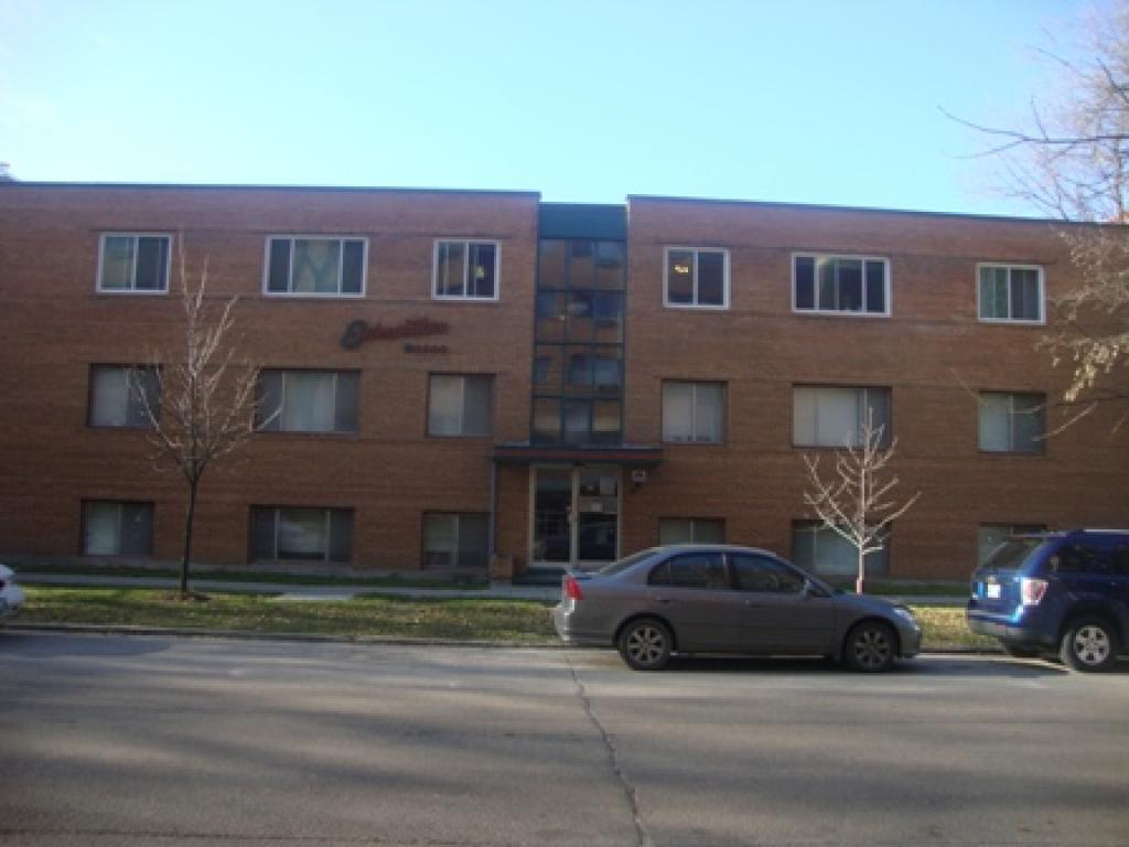 Winnipeg South West 1 bedroom Apartment For Rent