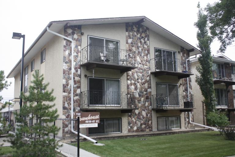 Apartments For Rent In Camrose Avenue Living