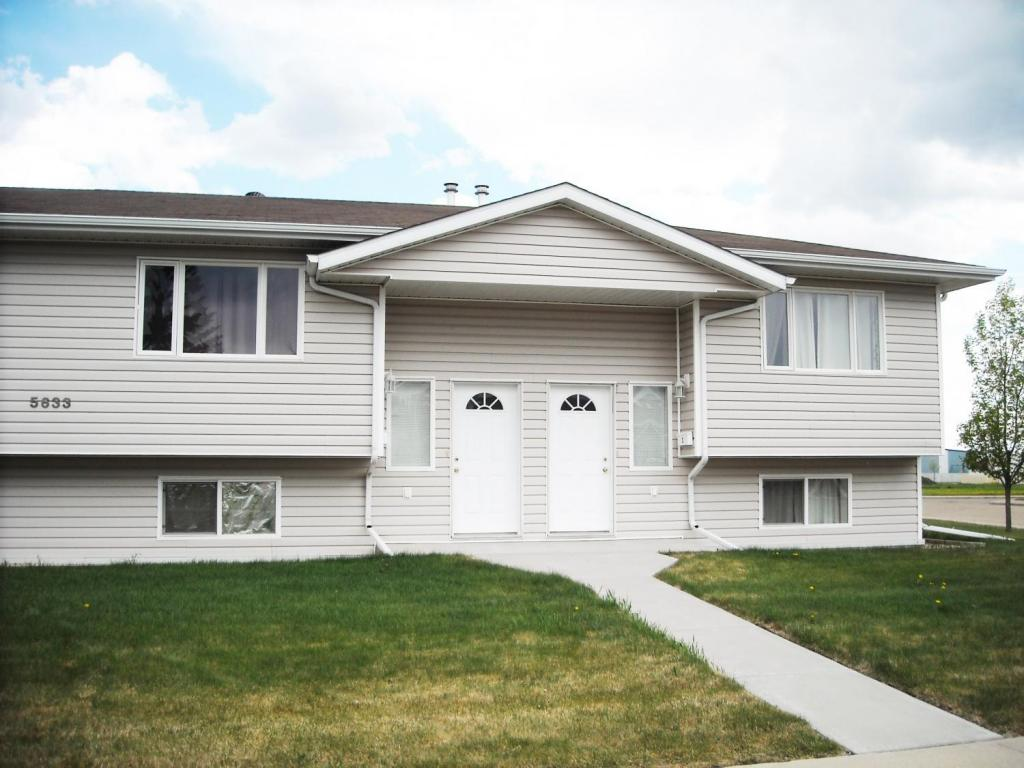 Wetaskiwin 2 bedroom Townhouse For Rent