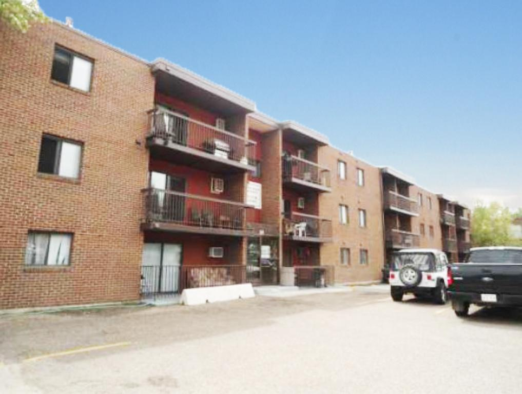 Medicine Hat Apartment