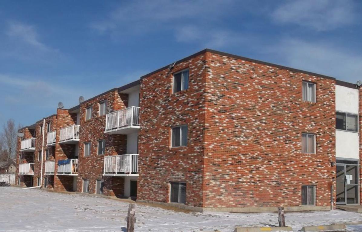 Medicine Hat 3 bedroom Apartment