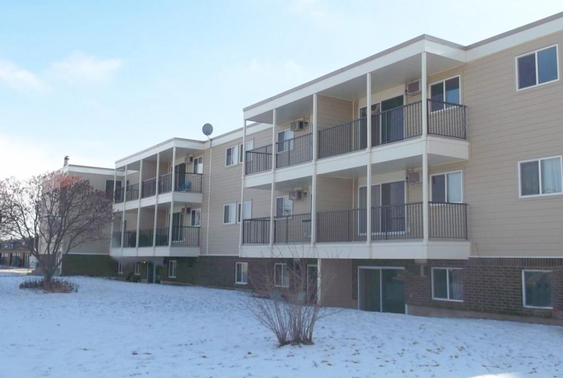 Medicine Hat 3 bedroom Apartment For Rent