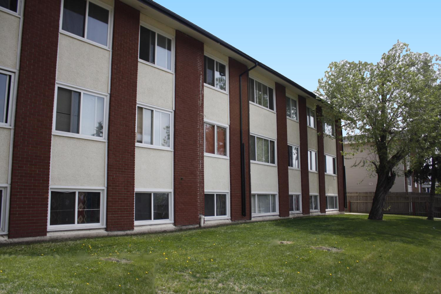 2 bedrooms edmonton downtown apartment for rent ad id - Edmonton 1 bedroom apartments for rent ...