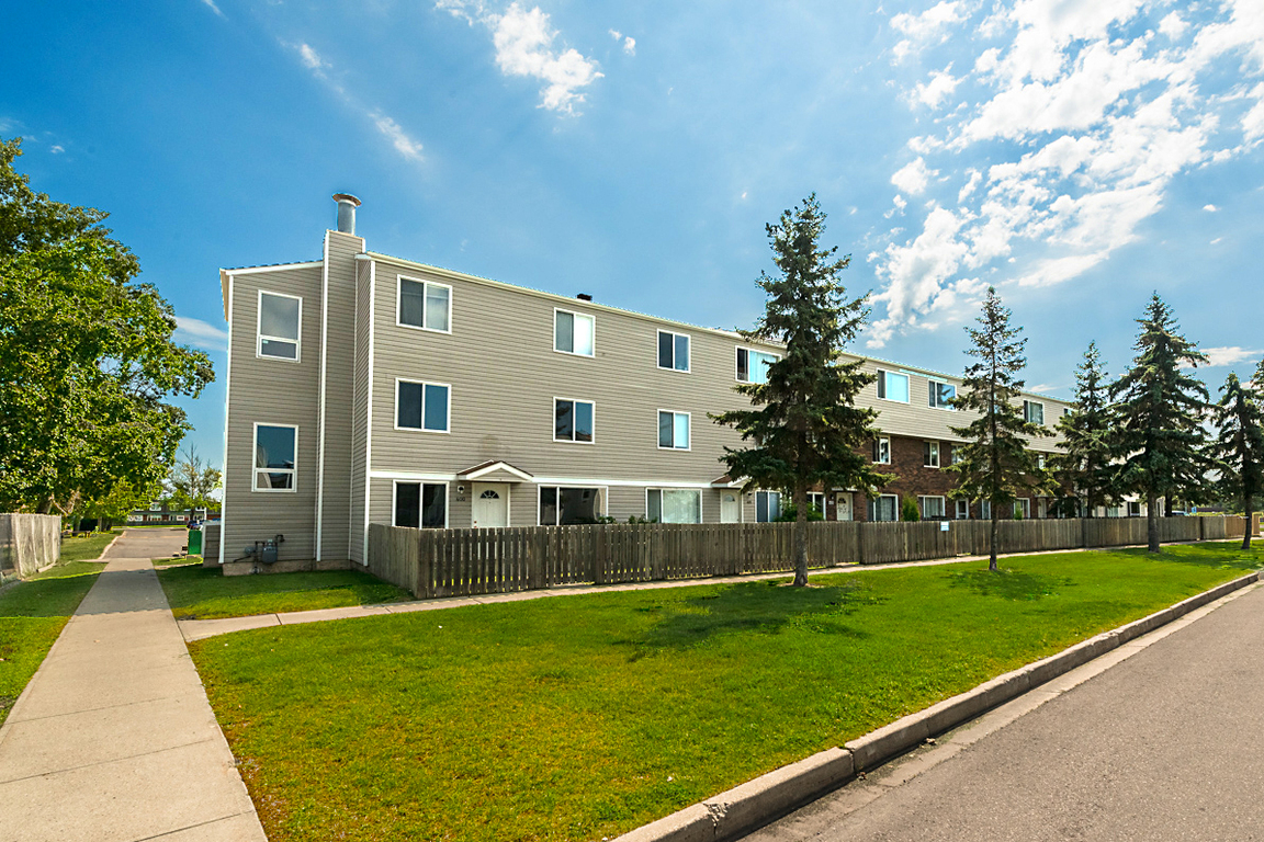 Edmonton North East 2 bedroom Townhouse For Rent