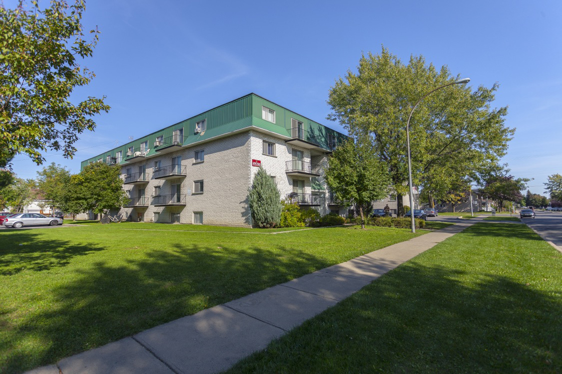Longueuil 2 bedroom Apartment