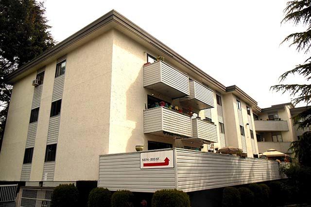 Langley 2 bedroom Apartment