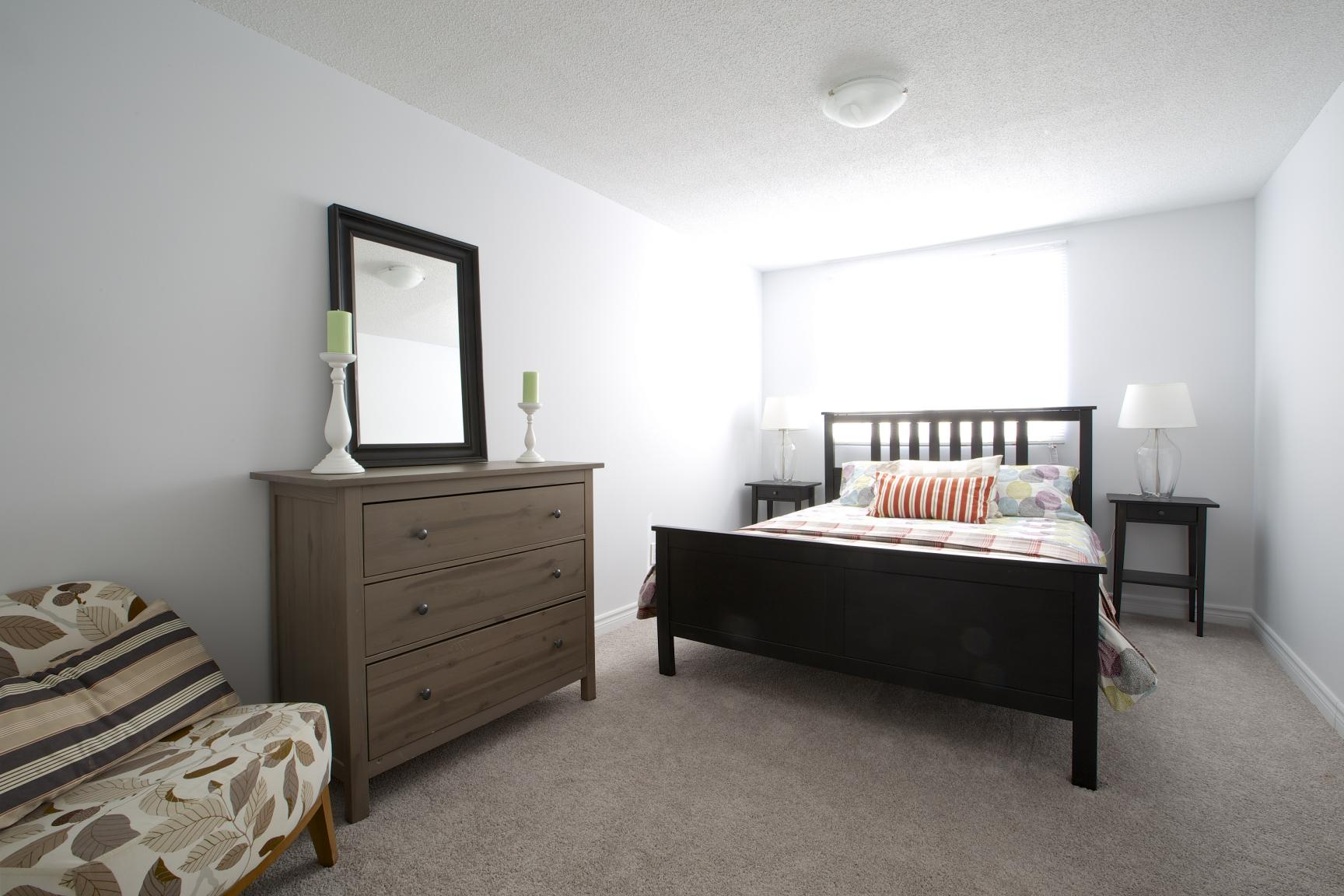 Bedroom Furniture Kitchener 278 282 Kingswood Drive Kitchener On Apartments For Rent