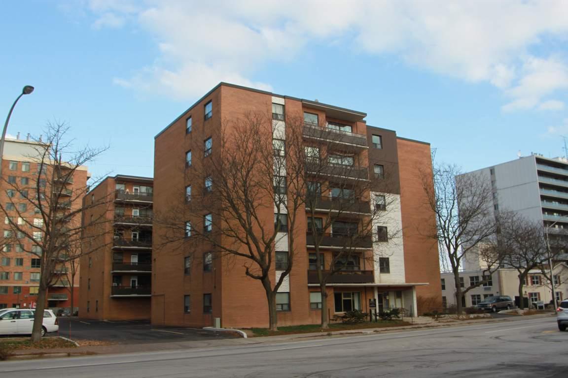 Bedroom Apartment For Rent In Burlington Ontario