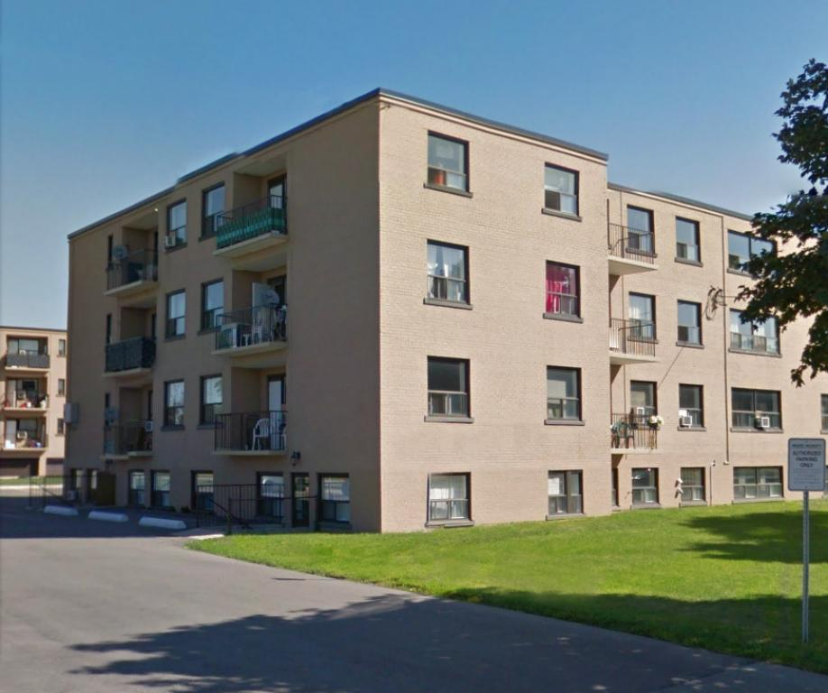 2 bedrooms toronto north apartment for rent ad id for 3 bedroom apartments for rent toronto