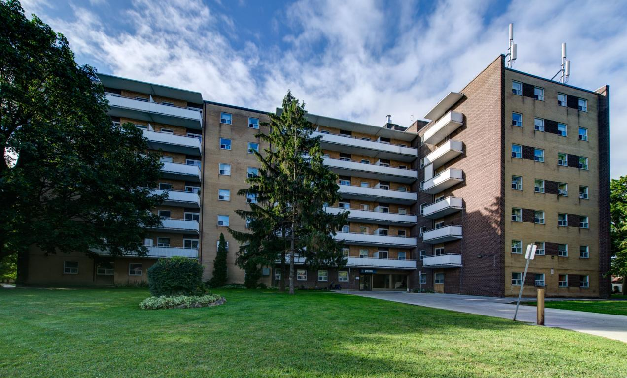 Toronto west one bedroom apartment for rent ad id cmi - 3 bedroom apartments for rent toronto ...