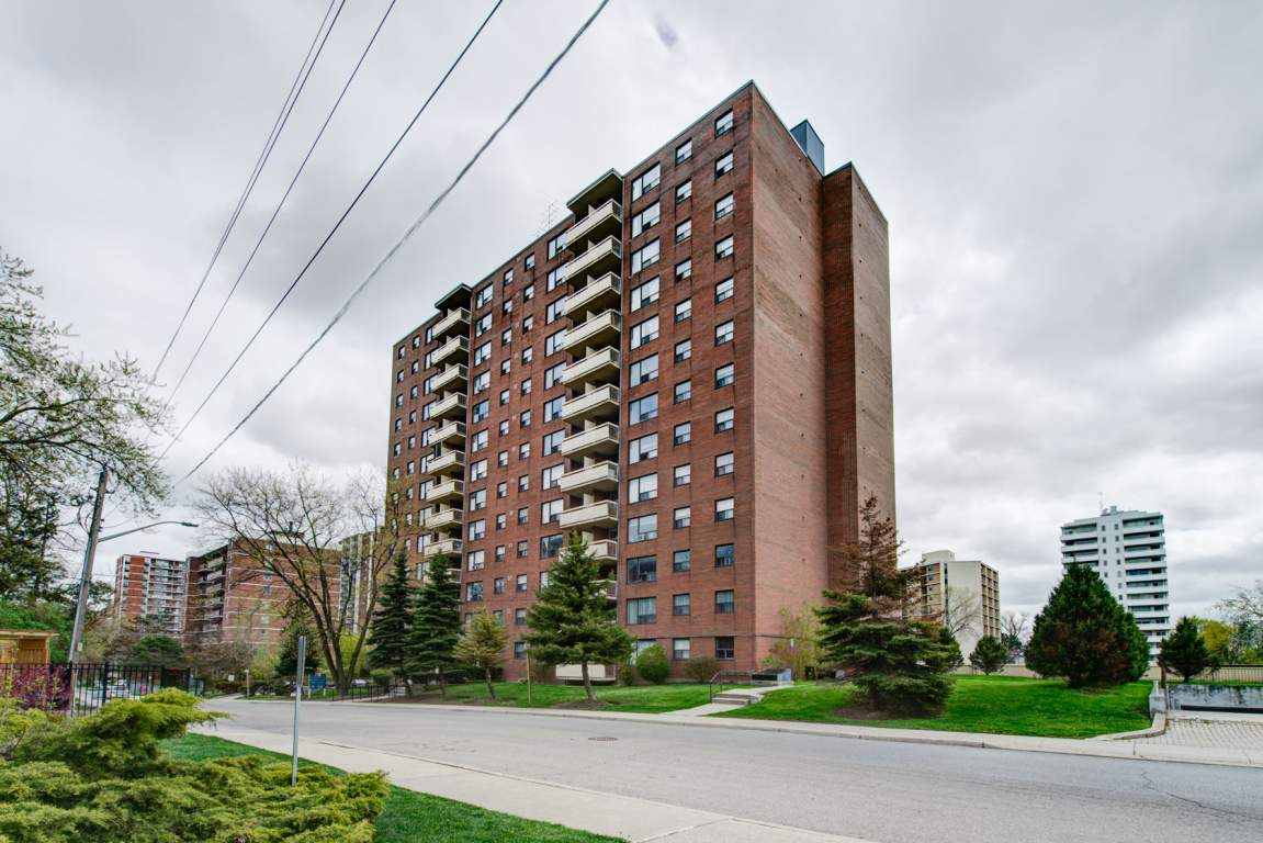 Mississauga 2 bedroom Apartment For Rent