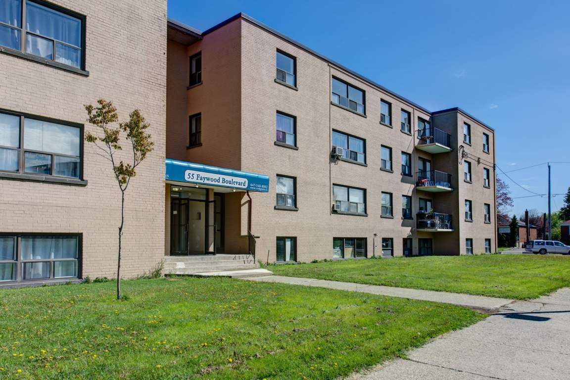 Toronto West 2 bedroom Apartment For Rent