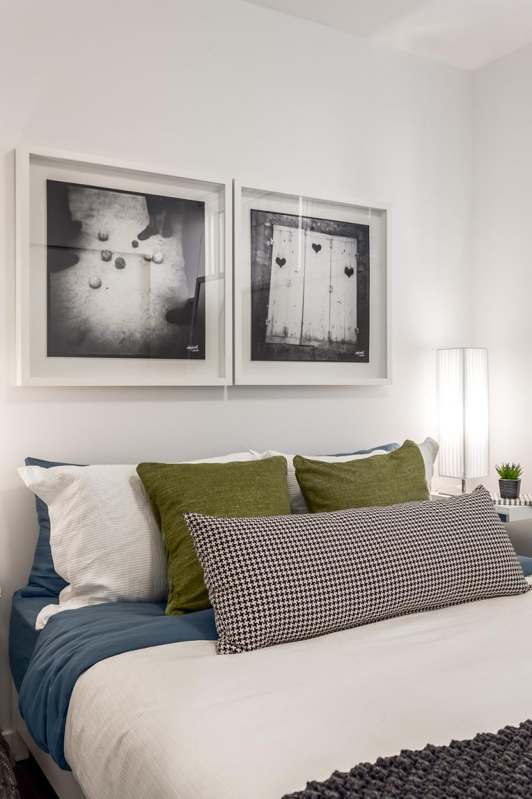 Neon Apartments