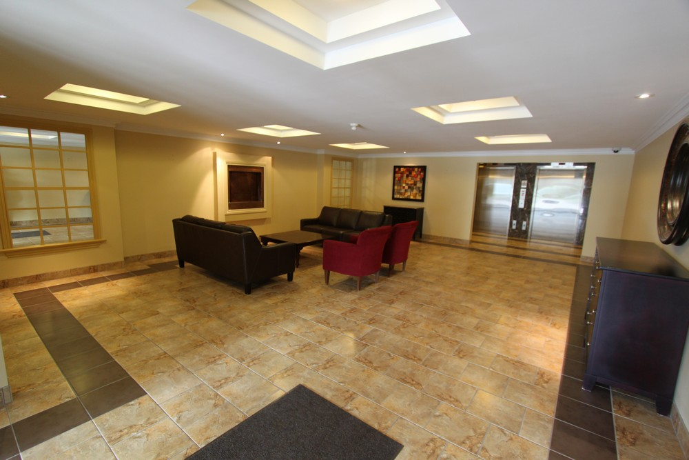 London South 2 bedroom Apartment For Rent