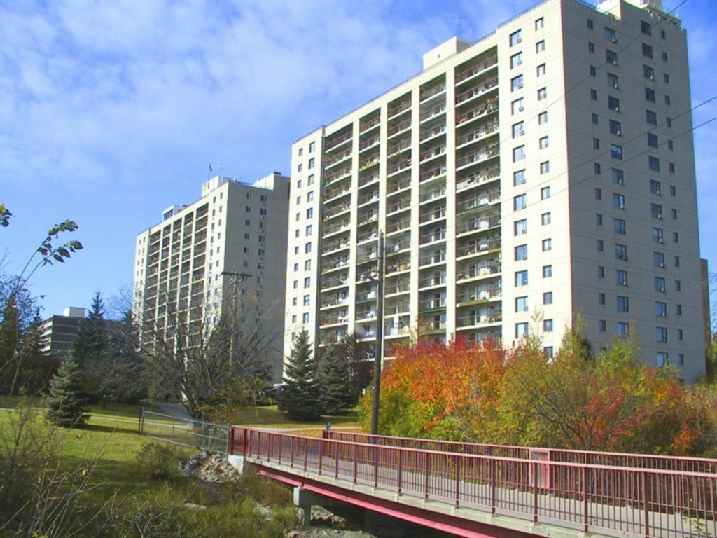 Winnipeg North East 2 bedroom Apartment For Rent