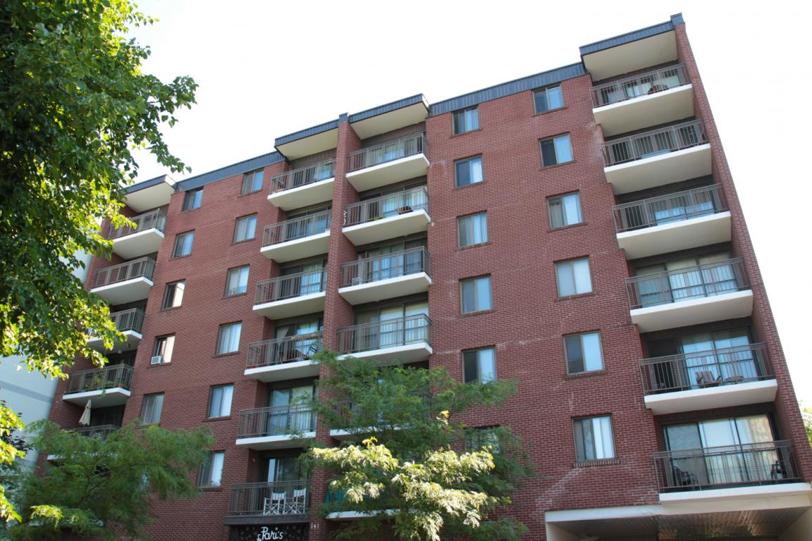 Le paris apartments for rent at 141 augusta street in for 200 rideau terrace ottawa ontario