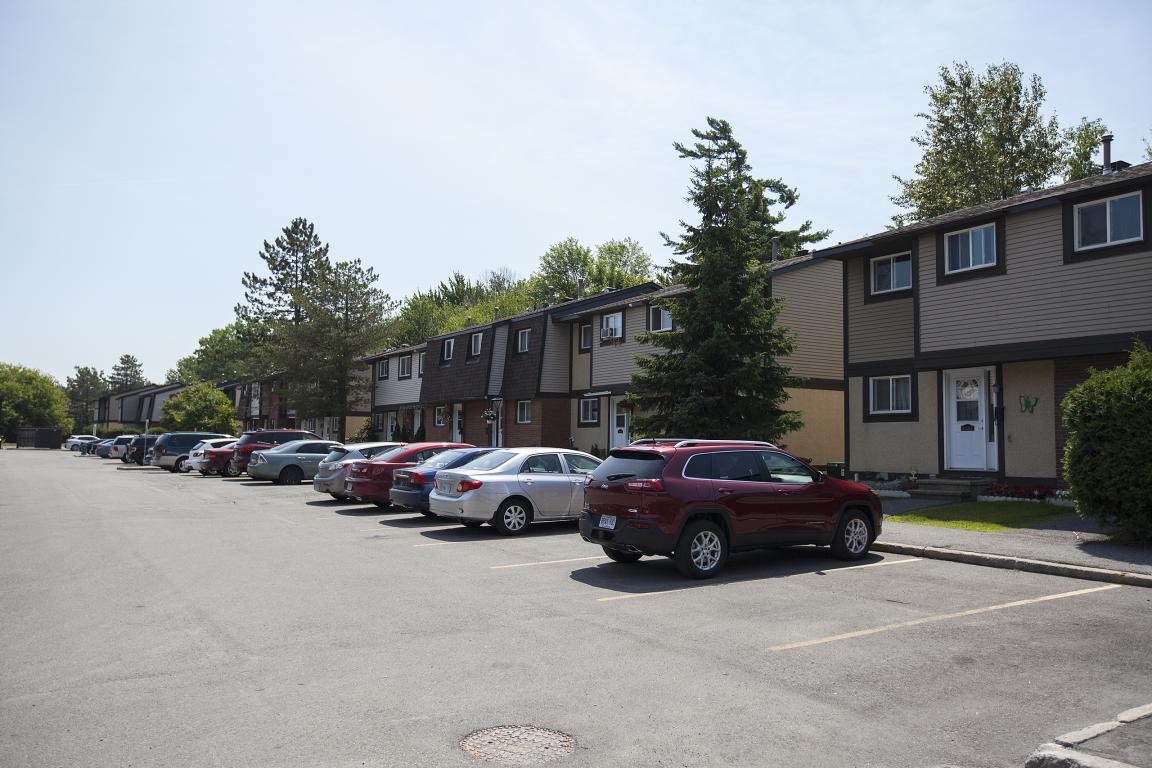 Ottawa East 3 bedroom Townhouse For Rent