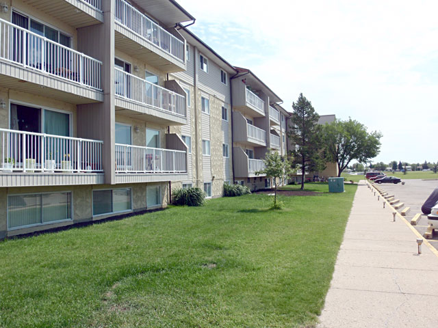 Leduc 3 bedroom Apartment For Rent