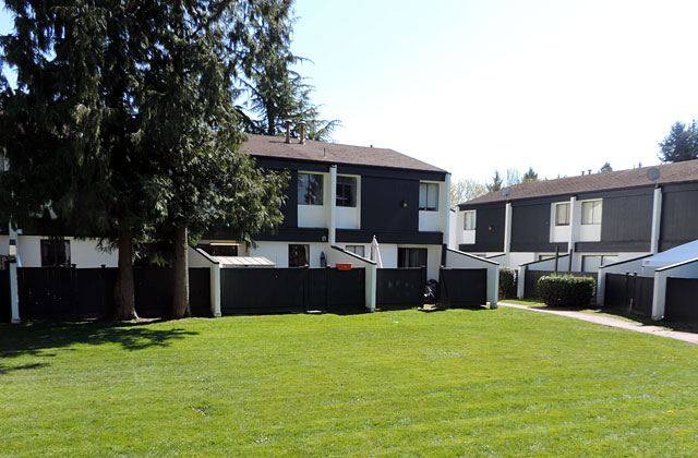 Langley 3 bedroom Townhouse