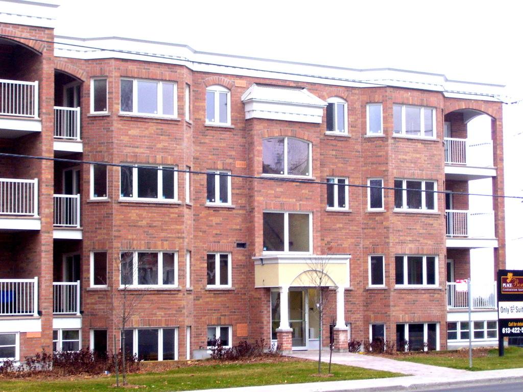 Ottawa East 2 bedroom Apartment