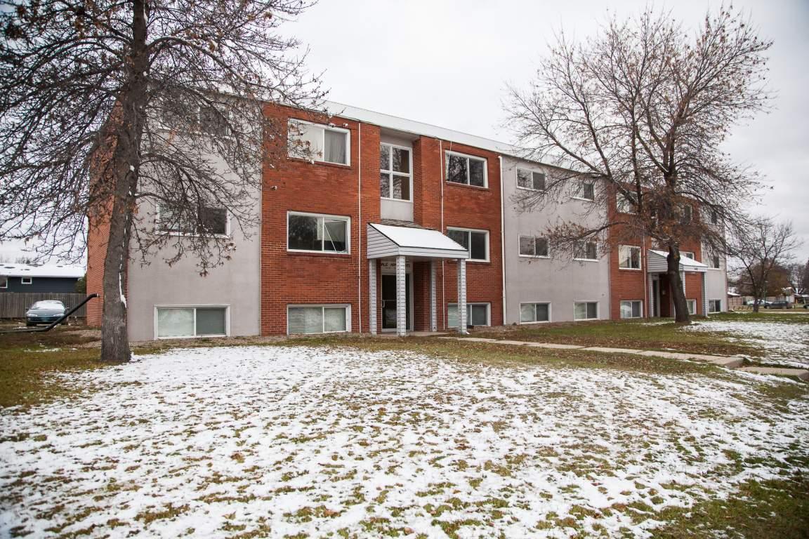 Esterhazy Apartment for rent, click for more details...