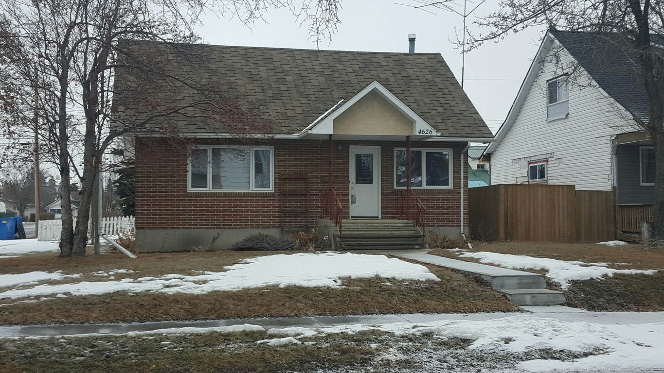 Olds 4 bedroom House