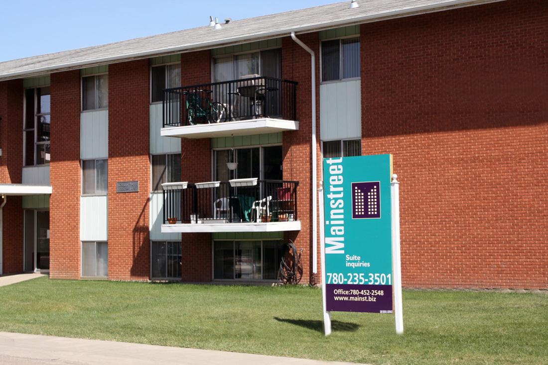 Edmonton North West Apartment