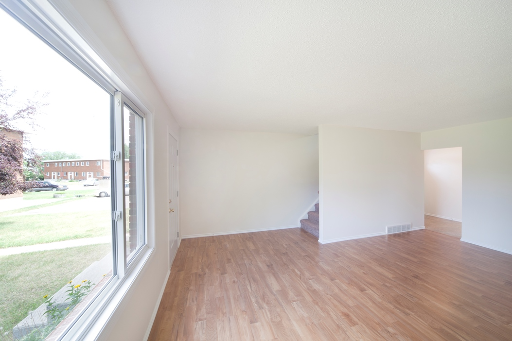 Medicine Hat Townhouse for rent, click for more details...
