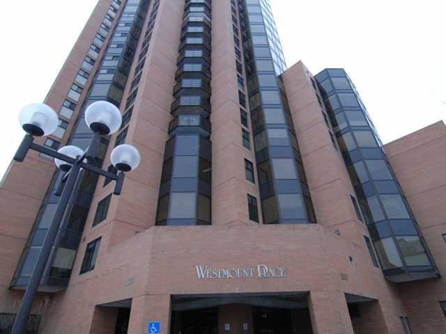 Calgary Downtown 2 bedroom Apartment For Rent