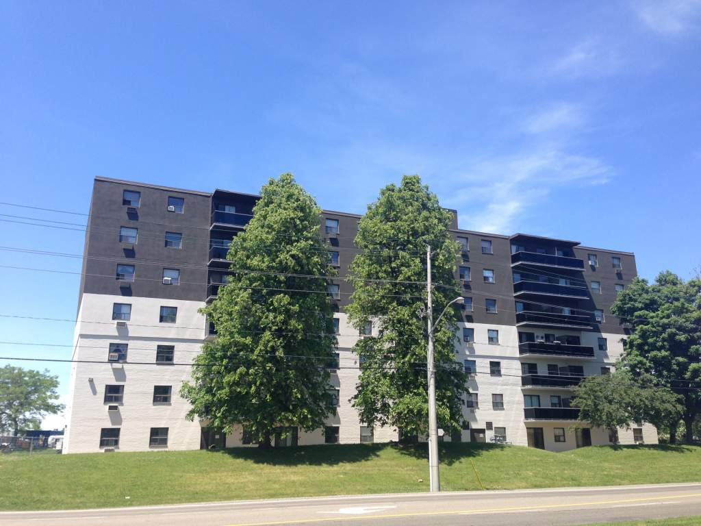 Kitchener East 1 bedroom Apartment For Rent