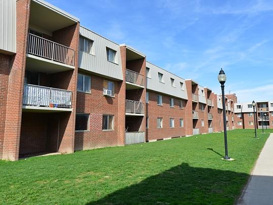 Kitchener West 2 bedroom Apartment