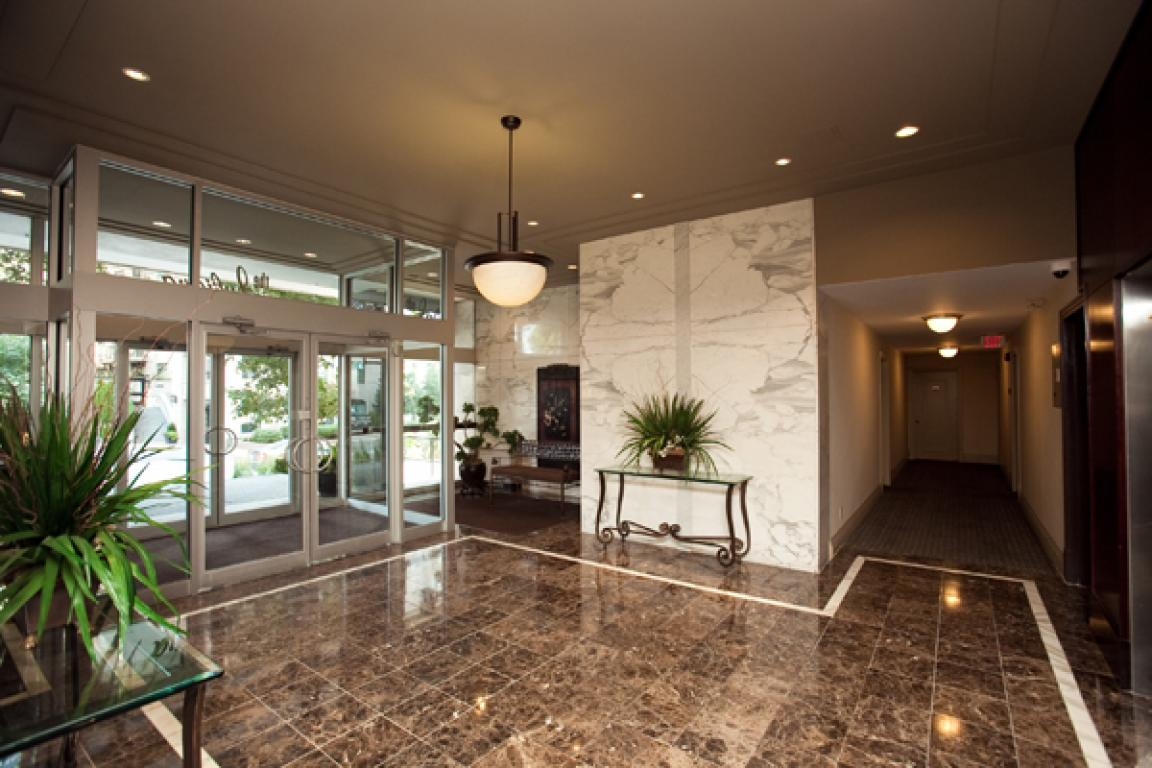 Luxury Apartment Building Lobby Images