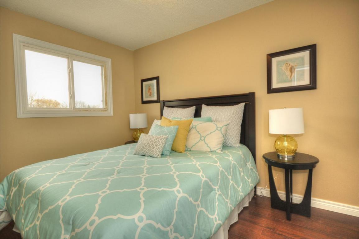 Welland Woods Village Property for Rent St. Catharines Kitchen