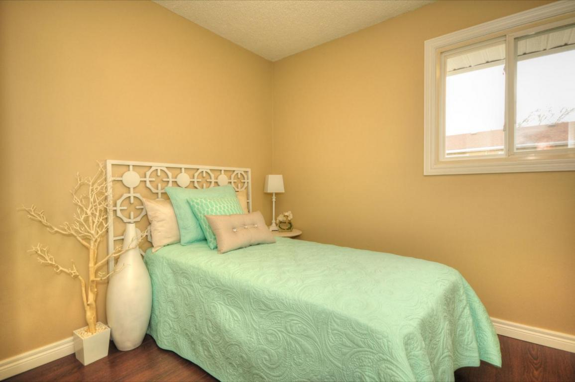 Welland Woods Village Property for Rent St. Catharines Bedroom