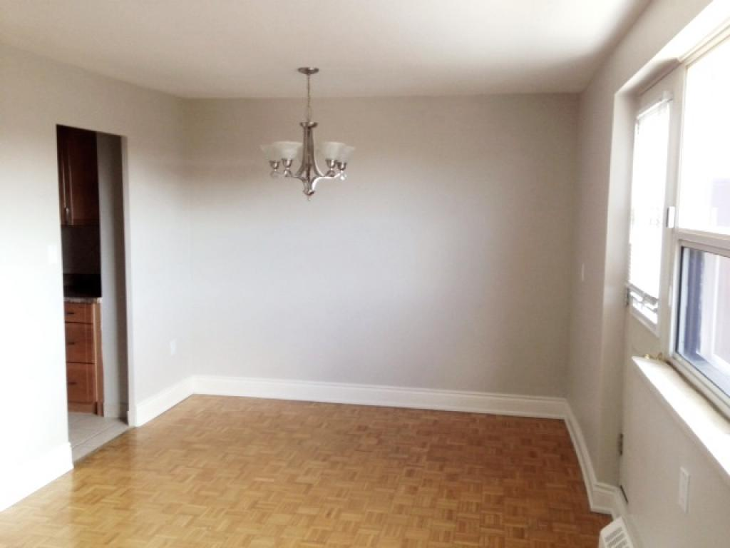 Paisley Property for Rent Mississauga Dining room
