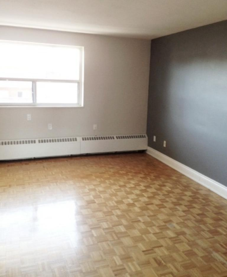 Paisley Property for Rent Mississauga Living room