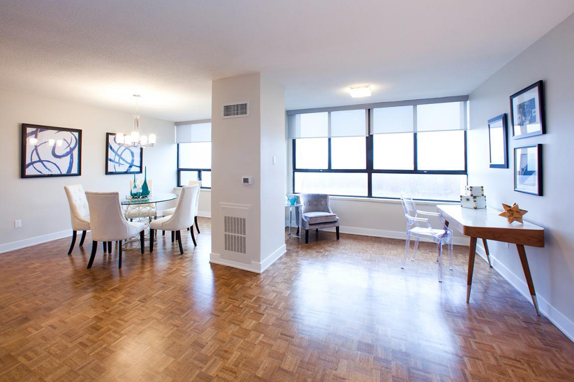 Etobicoke 3 chambre à coucher Appartement