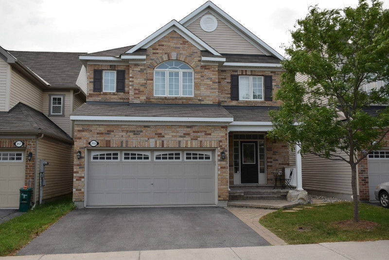 Kanata 3 bedroom House For Rent