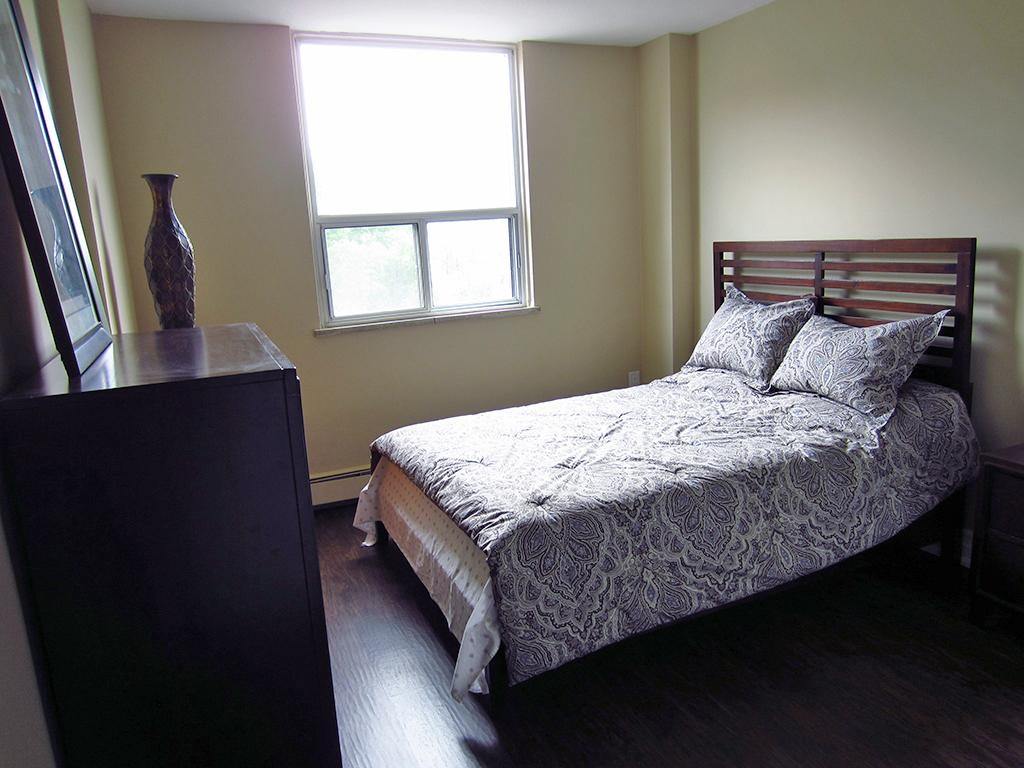 Hamilton West 2 bedroom Apartment For Rent