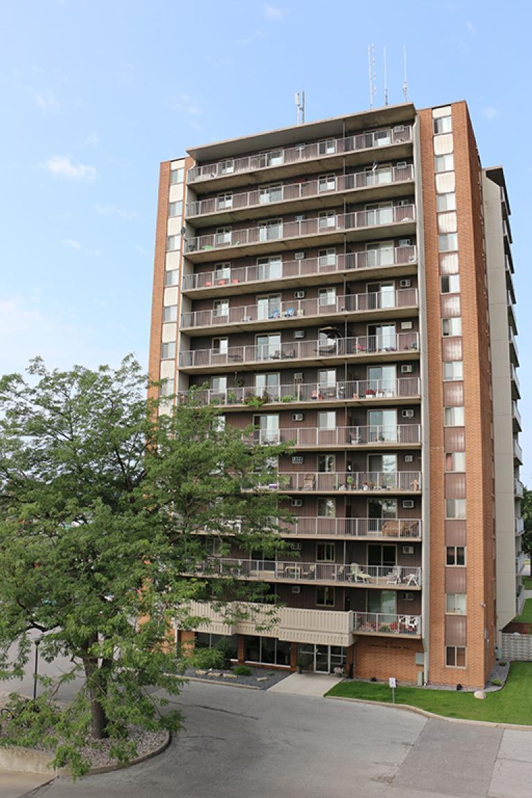 Leamington One Bedroom Apartment For Rent Ad Id