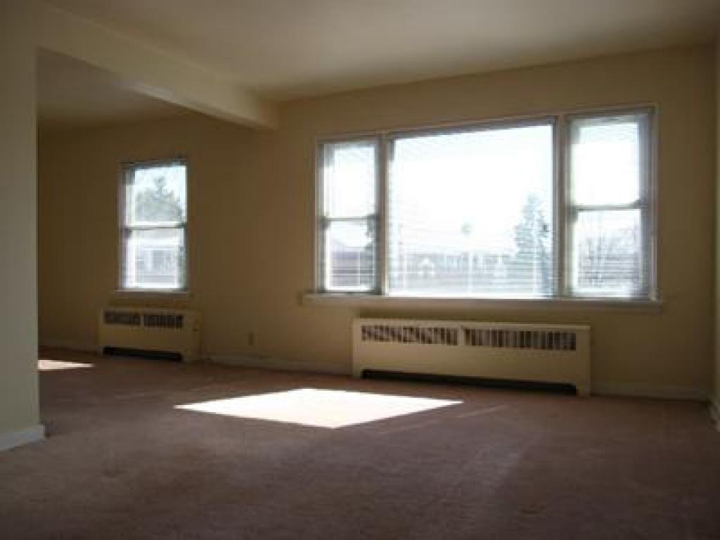 One Bedroom Windsor Apartment For Rent Ad Id