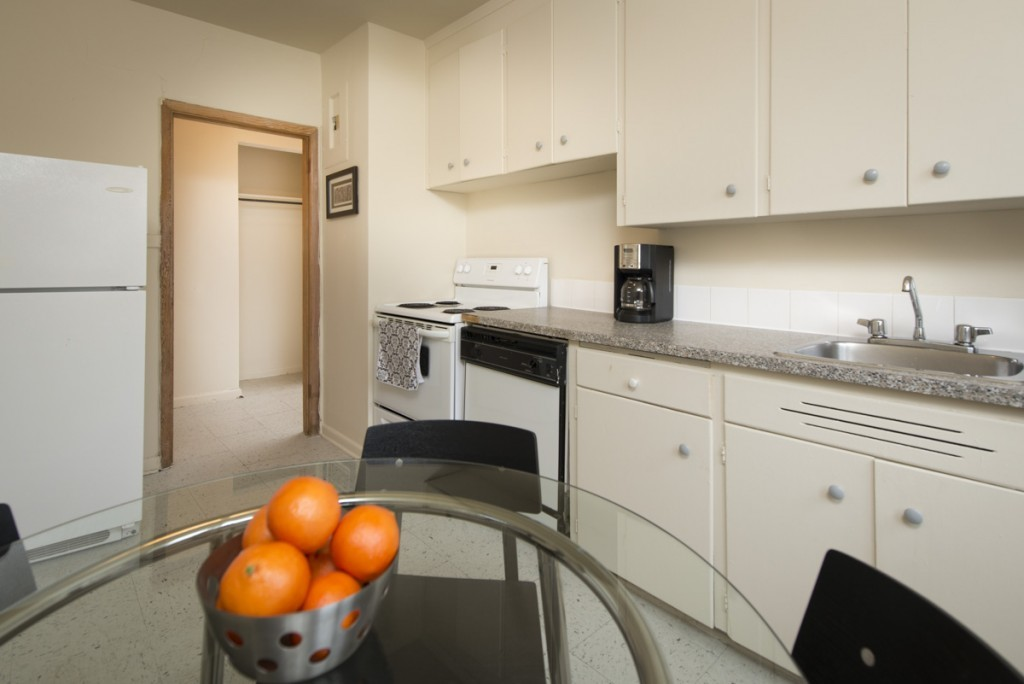 Winnipeg South East 2 bedroom Apartment For Rent