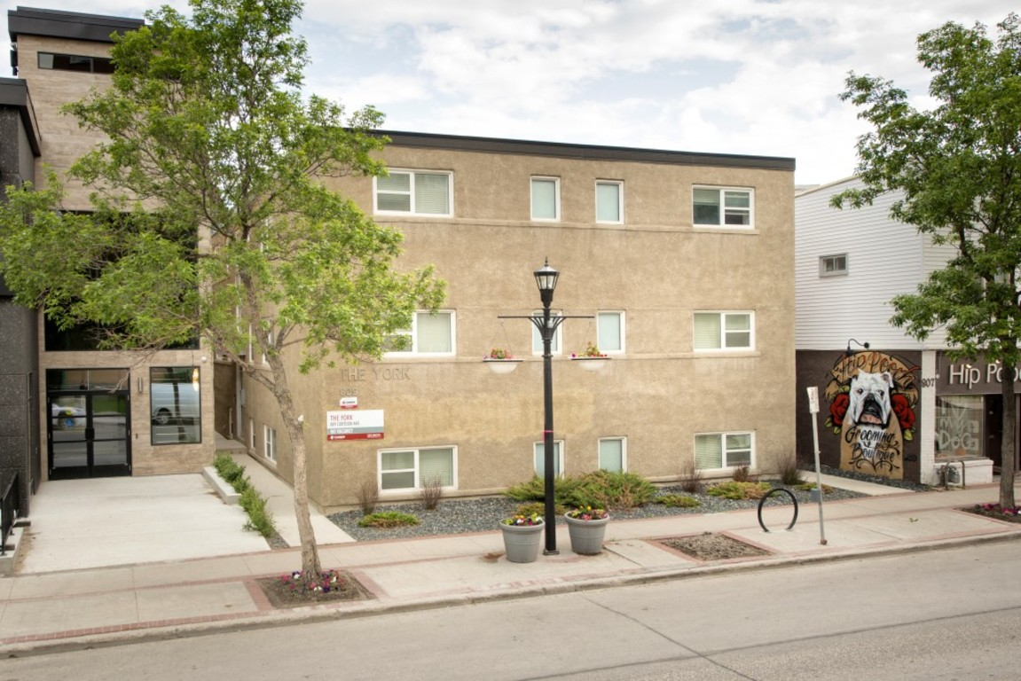 Winnipeg West 1 bedroom Apartment For Rent