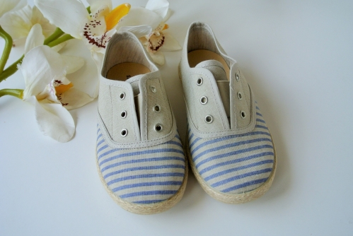 BEACH Canvas Trainers without Laces