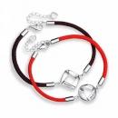 赤い糸 黒い糸...