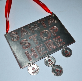 """Personalised """"Santa Stop Here"""" Plaque *Stitched Effect*"""