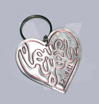 "Personalised Large Etched ""Love you"" Heart Keyring"