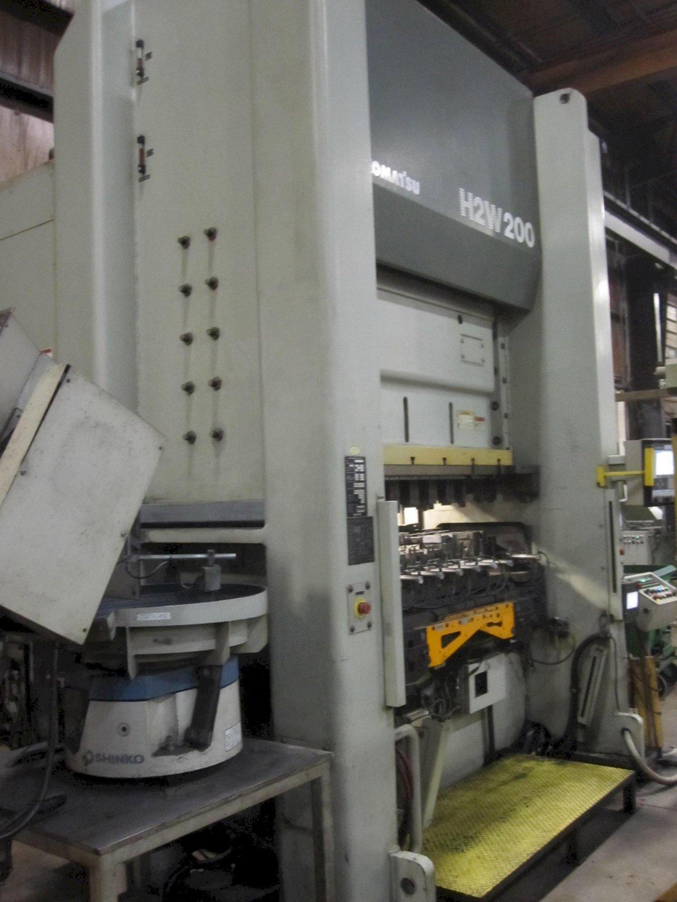 小松双伺服h2w200200t直边压力机