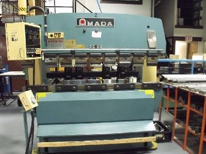 AMADA RG-50 Plieuses,  presse - MachineTools.com